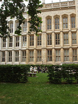 Maughan Library of King's College London - geograph.org.uk - 463480.jpg