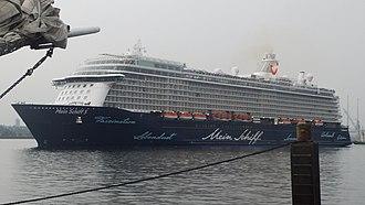 Meyer Turku - Image: Mein Schiff 5 leaving Kiel I (cropped)