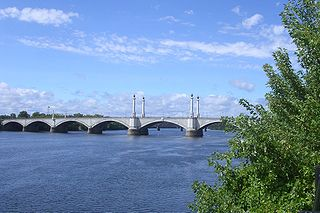 Memorial Bridge (Massachusetts) bridge in United States of America