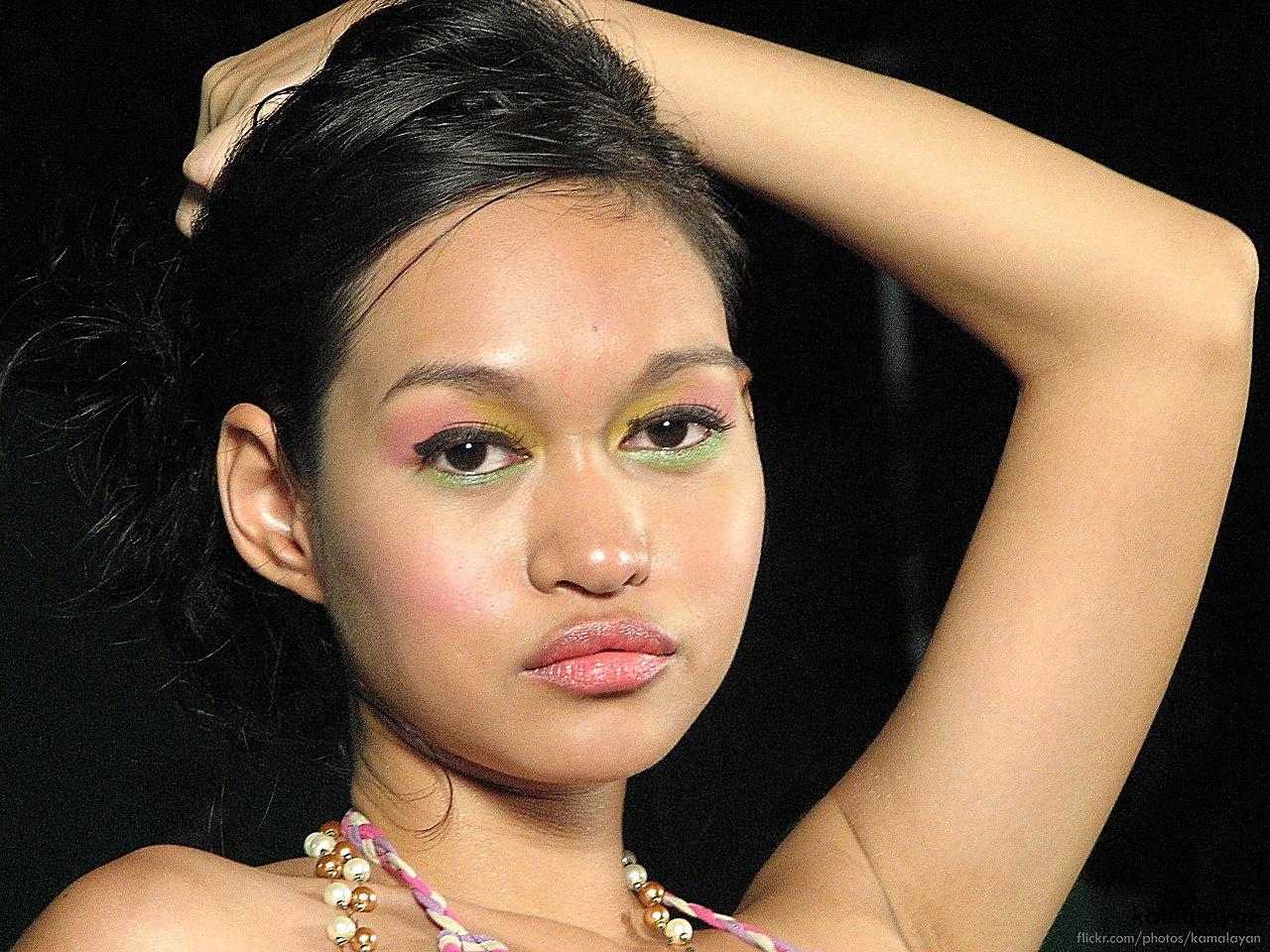 Mercedes Cabral Nude Photos 41