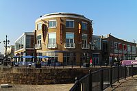 Mermaid Quay Cardiff Bay 001.jpg