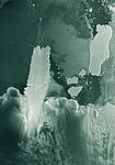 Mertz Glacier Tongue and the B-9B iceberg in December 2007.jpg
