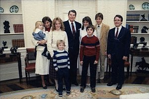 Mike DeWine - DeWine and his family with President Ronald Reagan in 1985