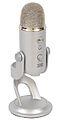 Mikrofon pojemnościowy z wyjściem słuchawkowym Yeti USB firmy Blue Microphones.jpg