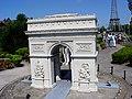 MiniE Paris Arc.jpg