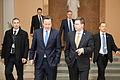 Ministru prezidenta Valda Dombrovska tikšanās ar Apvienotās Karalistes Ministru prezidentu Deividu Kameronu (8515577940).jpg