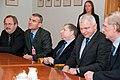 Ministru prezidents Valdis Dombrovskis tiekas ar Starptautiskās Automobiļu federācijas (FIA) prezidentu Žanu Todu (6349915916).jpg