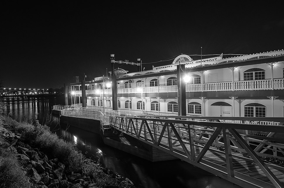 Minnesota Centennial Showboat at night, October 2013