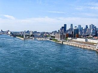 Der Sankt-Lorenz-Strom beim Stadtzentrum von Montréal
