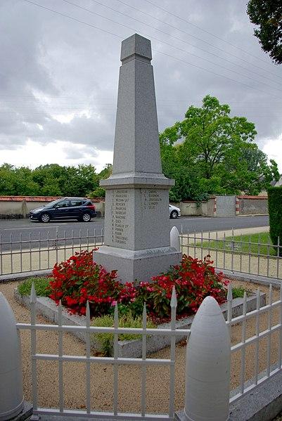 Monument aux morts de Gizeux.1914-1918 J. Carre L. Guignon A. Jousselin L. Landry L. Leje