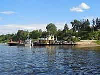Motorboat by Verkhnaya Dvina, Kotlas - Toima - panoramio (63).jpg