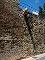 Muralla del segle XIV al costat de les Torres de Quart, València.JPG