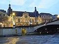 Musée du Louvre vu de la Seine (Paris) (2).jpg