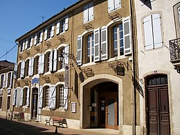Museum of Fine Arts and Tourist Information Center, Mirande, Gers, France.JPG