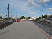 Nádraží Veleslavím (metro), vstup (001).jpg