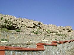 Nakhchivan fortress walls3.JPG