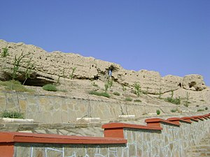 Nakhchivan fortress walls3.JPG