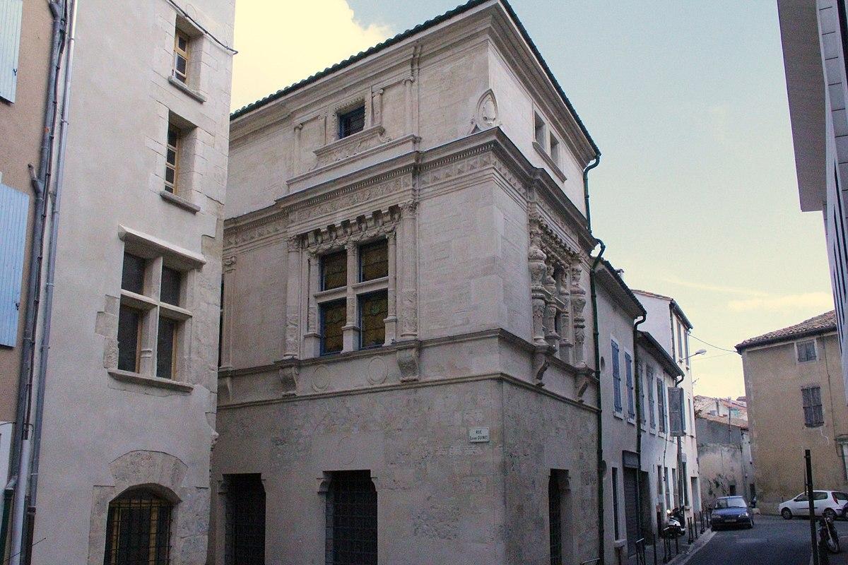 Maison des trois nourrices wikipédia