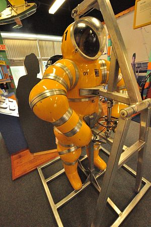 Atmospheric diving suit - The Newtsuit has fully articulated, rotary joints in the arms and legs. These provide great mobility, while remaining largely unaffected by high pressures.