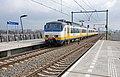 Nijmegen-Lent SGMm 2961 als Sprinter 7651 naar Zutphen (16824391532).jpg