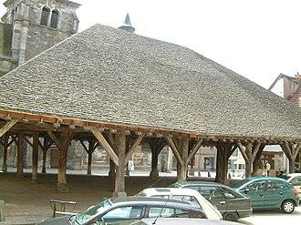 Nolay, Côte-d'Or - Image: Nolay 04