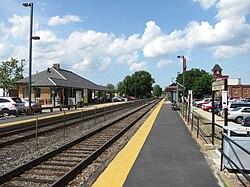 Norwood Central MBTA station, Norwood MA.jpg