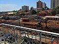 Obras anti enchente no Córrego Sul, na avenida Antônio Paschoal, em Sertãozinho. Na época as obras avançavam em frente ao Supermercado Savegnago, quase chegando ao Terminal Rodoviário. - panoramio (2).jpg