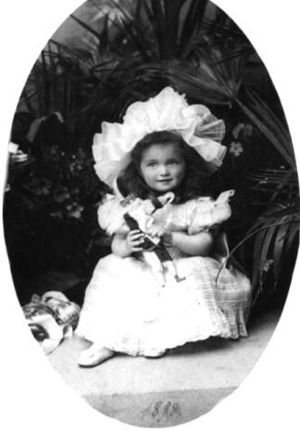 Grand Duchess Olga Nikolaevna of Russia - Grand Duchess Olga Nikolaevna as a toddler in 1898.