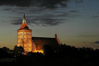 Olsztyn Katedra noc