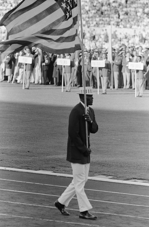 Olympische Spelen te Rome Opening USA vlaggendrager, Bestanddeelnr 911-5404