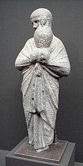 Statua di sacerdote con canopo osiriaco