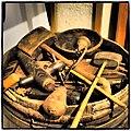 Outils de tonnelier au Musée de l'Artisanat Rural à Tigy, Loiret.jpg