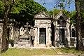 Père-Lachaise - Division 69 - Avenue de la chapelle 08.jpg