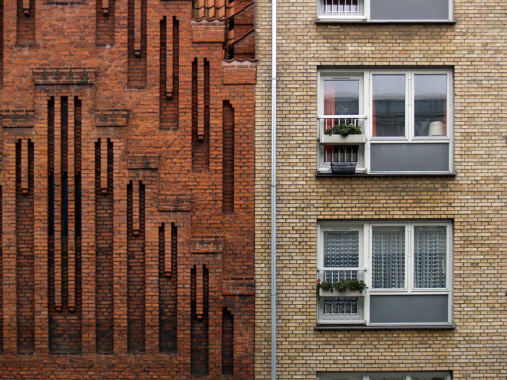 Façade de l'église expressionniste Anna Kirke à Copenhague - Photo de seier+seier