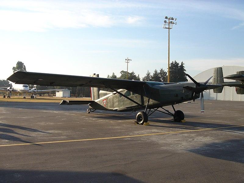 Inventario  de  aeronaves de  la  FAM  ( actualizado 23 Febrero 2016 ) 800px-PC-6_FAM