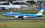 PH-EZW Embraer ERJ 190 KLM BHX 29-09-2016 (30077773432).jpg