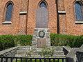Paarsch Kriegerdenkmal an Kirche 2008-04-28 060.jpg