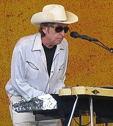 Paparazzo Presents Bob Dylan.jpg