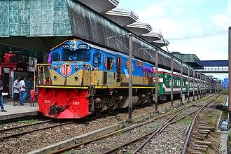 Transport in Bangladesh - Bangladesh Railway's Parabat Express at Sylhet railway station