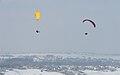 Paralotnie nad Kopa Radziechowska.jpg
