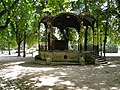 Parc de la Pépinière - kiosque (Nancy).jpg