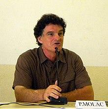 Paul Molac à Biarritz le 22 août 2012, lors de l'université d'été de Régions et peuples solidaires.