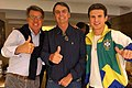 Paulo Marinho, Jair Bolsonaro e André Marinho juntos no dia a apuração do primeiro turno em 7 de Outubro 2018.jpg