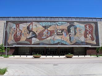 Pershing Center - Image: Pershing Center mural & front entrance, Lincoln, Nebraska, USA