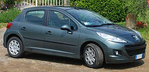 Peugeot 207 - Image: Peugeot 207a (cropped)