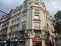 Pharmacie angle rue Parrot.jpg
