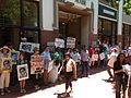 Picket over Cape Times editor 2460.JPG