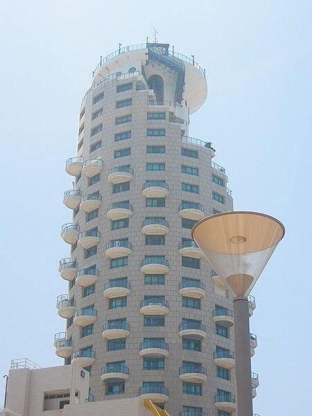 בנייה מיוחדת בתל-אביב