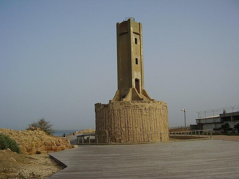 המגדלור הישן בנמל תל אביב