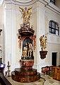 Pinkafeld - kath. Pfarrkirche, Taufbecken.JPG